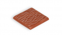 Milk chocolate with almonds pieces